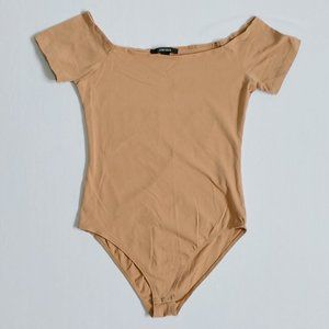 💰3/20$💰F21 Beige boat neckline bodysuit